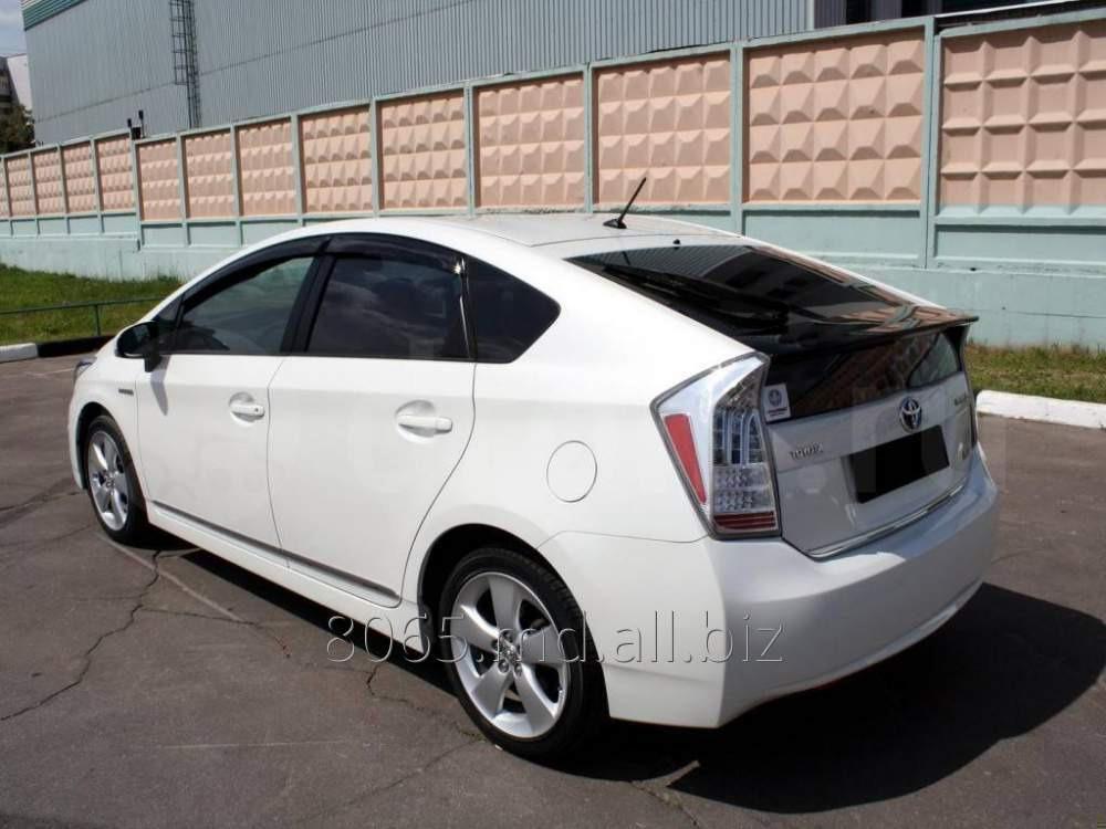 Заказать Прокат автомобиля Toyota Toyota Prius, Hatchback, 2011