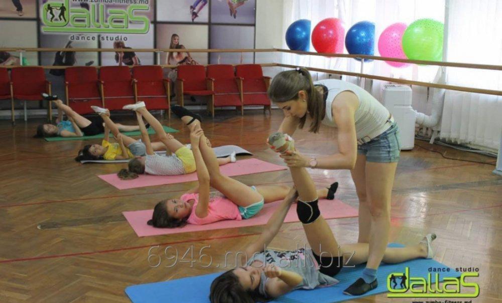 Dansuri pentru copii de la 4 ani in Chisinau. Hip-hop pentru adolescenti de la 10 ani in chisinau. Танцы для детей. Хип-хоп для детей. уроки танцев в кишиневе. Школа танцев на рышкановке.