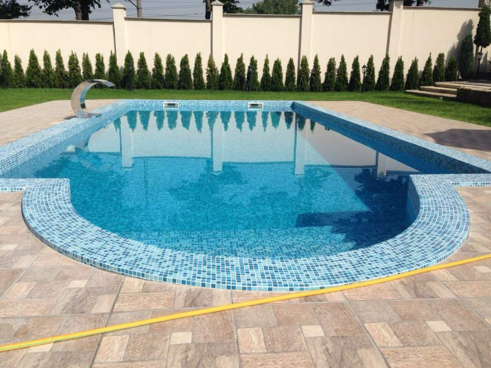 Consruction of swimming-pools