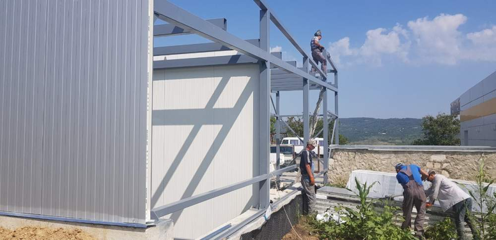 Order Installation and construction of the sandwich panels