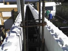 Bau der Häuser aus Thermoblöcken