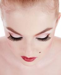 Training in a biowave of eyelashes