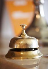 Servicii de restaurante si hoteluri