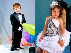 Rolling and tailoring of elegant dresses for girls