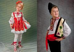 Rolling and sale of national suits for children
