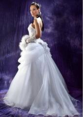 Tailoring of wedding dresses to order in Chisina