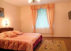 Rooms: rent · Wi-Fi; · Televiziune; · 2 bazine de
