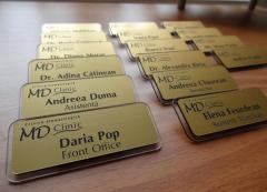 Design services - production of badges, outdoor