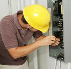 Lucrări de instalații electrice / Электромонт