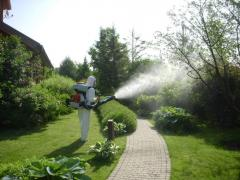 Processing of lawns toxic chemicals