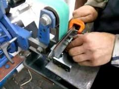 Sharpening of the joiner's and metal-cutting