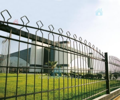 Production and installation of metal fences