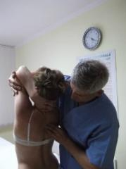 Мануальная терапия / Кинетотерапия. Лечение болей спины, шеи, позвоночник.