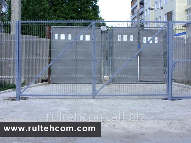 ustanovka_metallicheskih_zaborov_instalarea_gardurilor